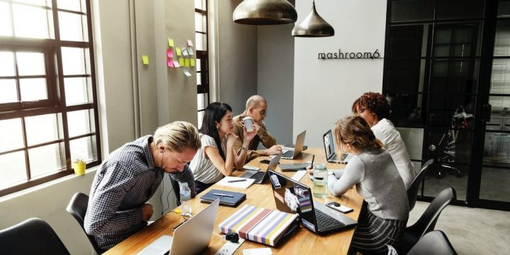 How You Can Start Your Own Social Media Company By Completing A Diploma Of Marketing And Communication